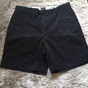 "NWOT J. crew essential navy shorts - 31""W, 7""L"